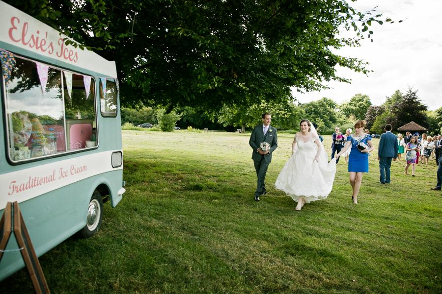 hertfordshire-wedding-photography-at-ashridge-house 31