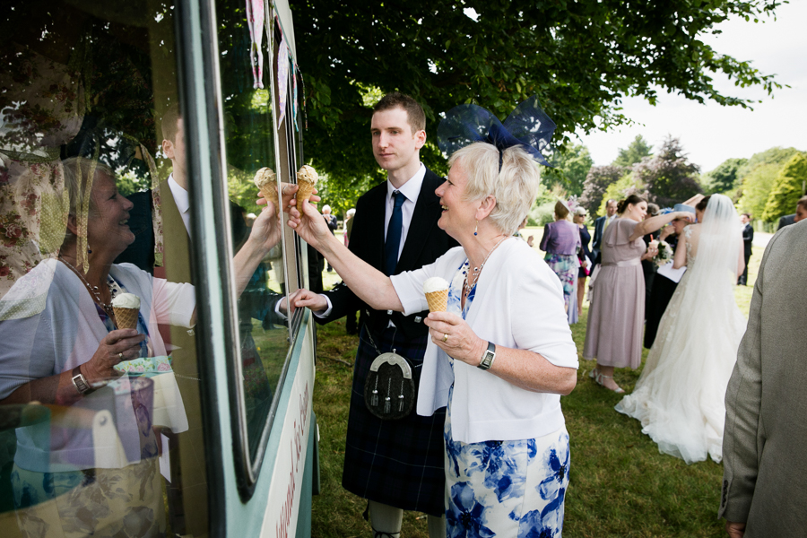 hertfordshire-wedding-photography-at-ashridge-house 35