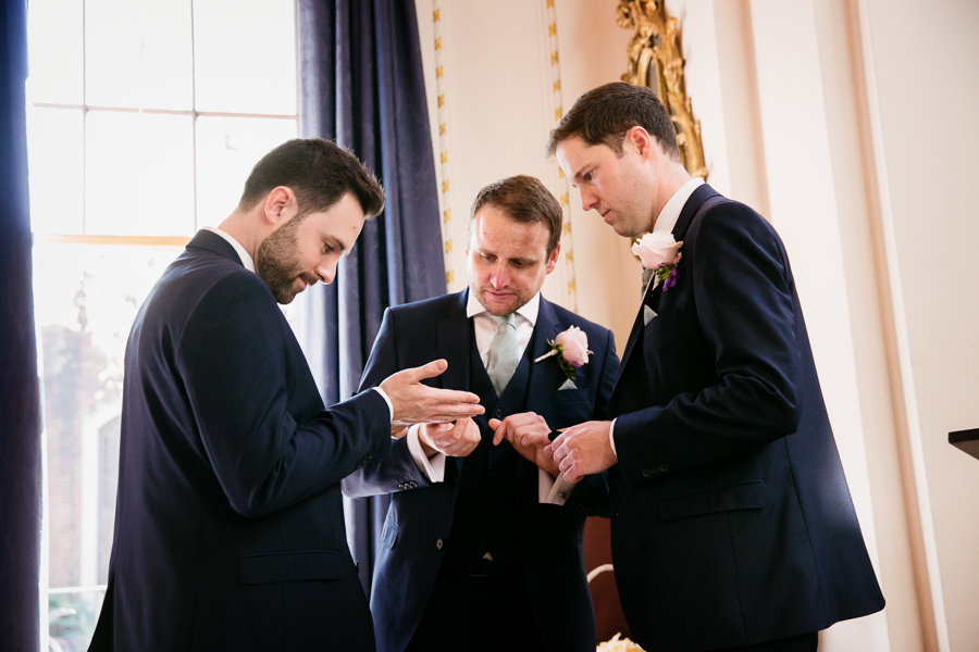 london-documentary-wedding-photography-at-stationers-hall 10