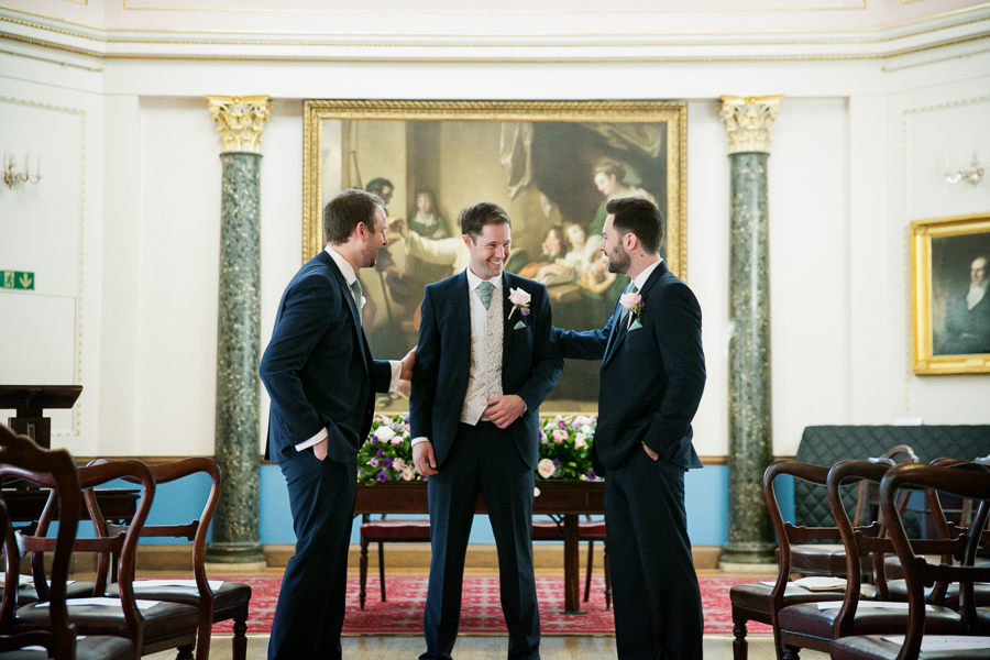 london-documentary-wedding-photography-at-stationers-hall 11