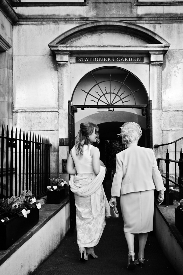 london-documentary-wedding-photography-at-stationers-hall 14