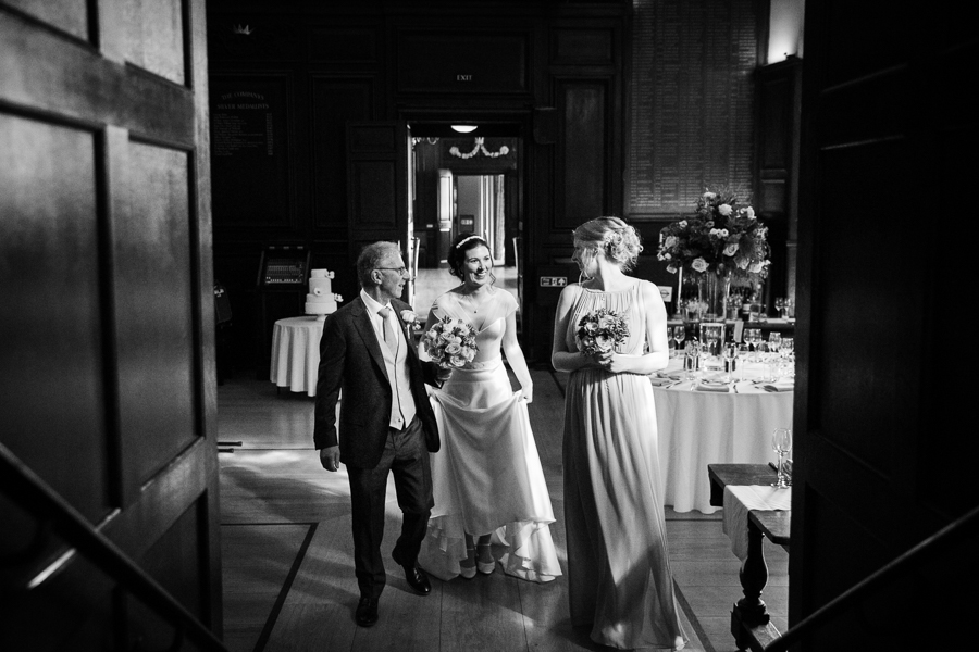 london-documentary-wedding-photography-at-stationers-hall 18