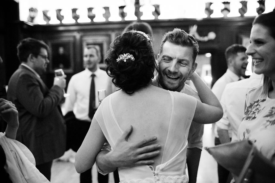 london-documentary-wedding-photography-at-stationers-hall 70