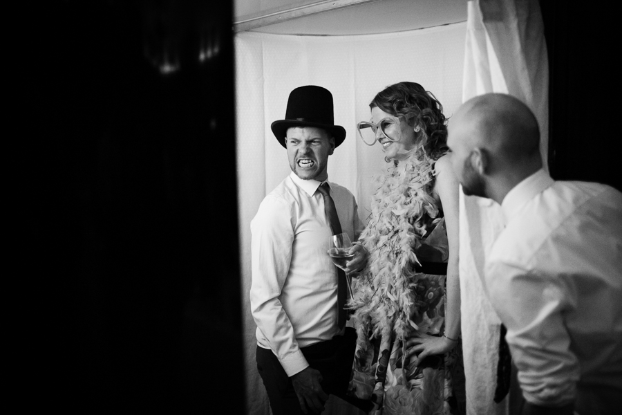 london-documentary-wedding-photography-at-stationers-hall 71