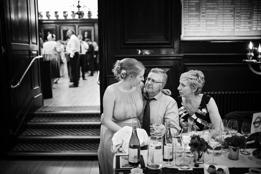 london-documentary-wedding-photography-at-stationers-hall 73