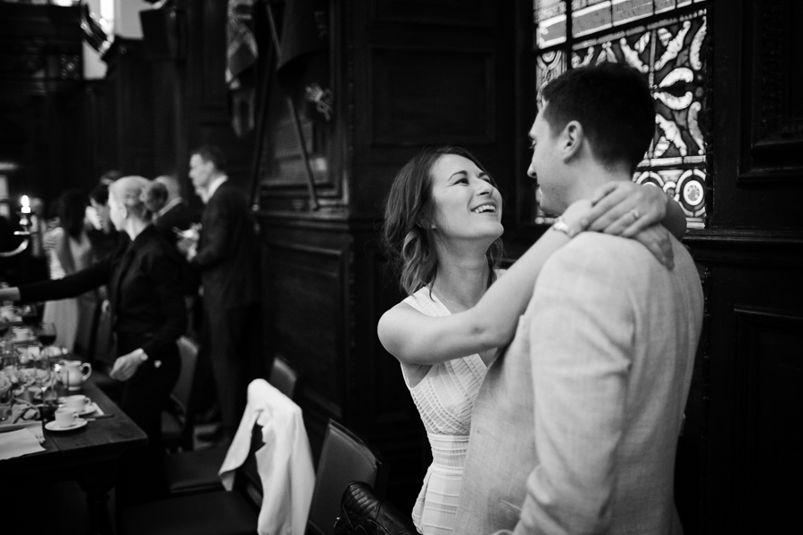 london-documentary-wedding-photography-at-stationers-hall 76