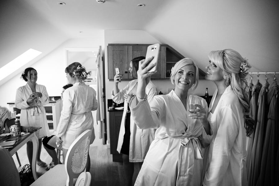 hertfordshire-wedding-photography-at-micklefield-hall 05