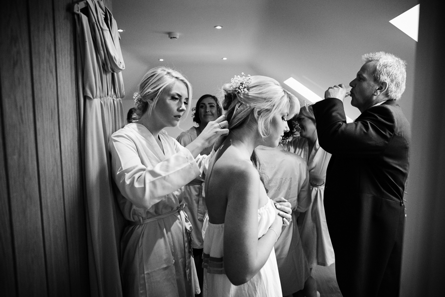 hertfordshire-wedding-photography-at-micklefield-hall 07