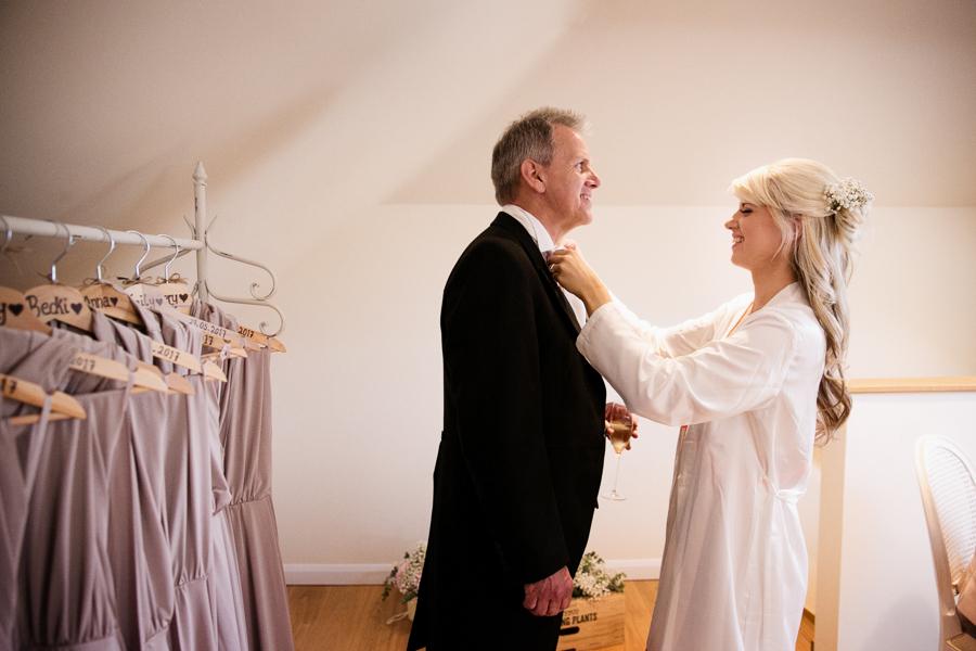 hertfordshire-wedding-photography-at-micklefield-hall 08