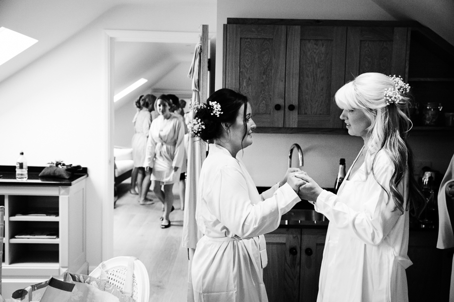 hertfordshire-wedding-photography-at-micklefield-hall 09