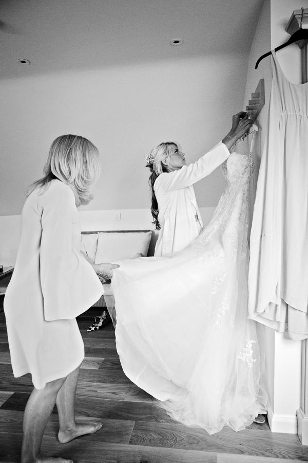 hertfordshire-wedding-photography-at-micklefield-hall 10