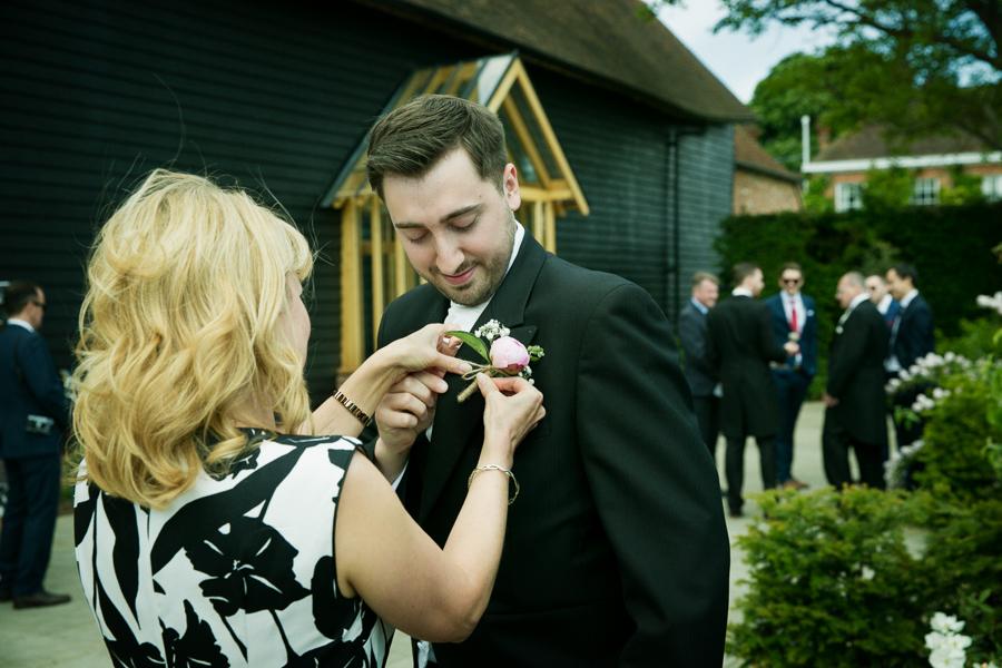 hertfordshire-wedding-photography-at-micklefield-hall 11