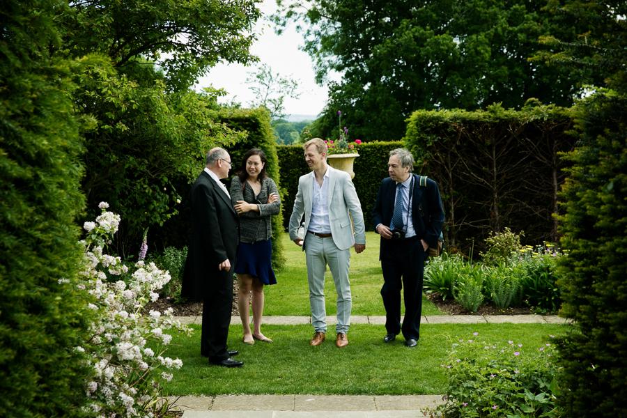 hertfordshire-wedding-photography-at-micklefield-hall 16