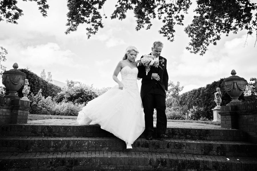 hertfordshire-wedding-photography-at-micklefield-hall 24