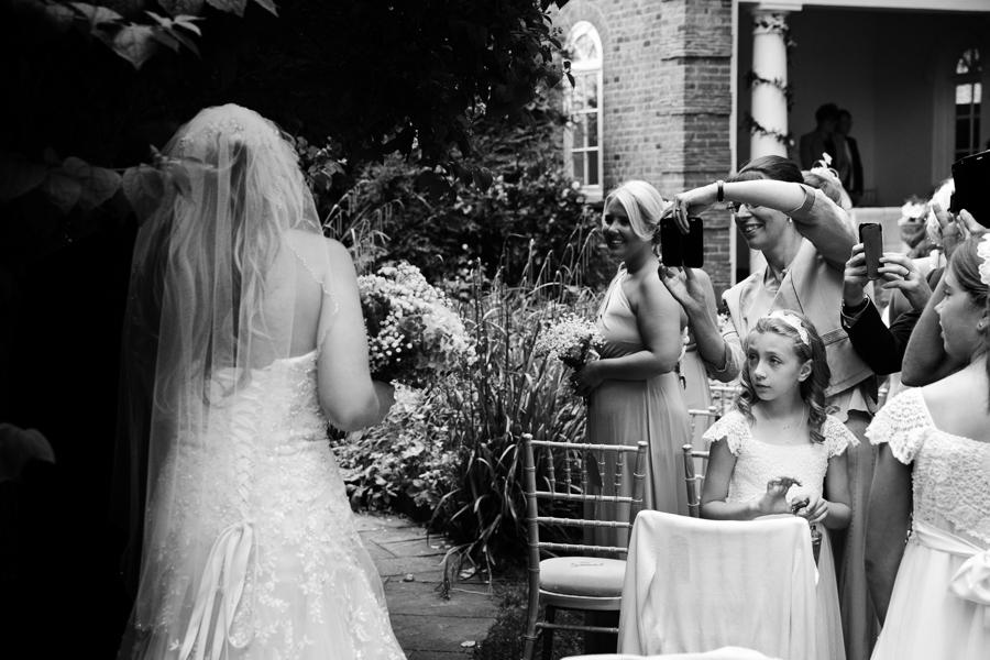 hertfordshire-wedding-photography-at-micklefield-hall 25