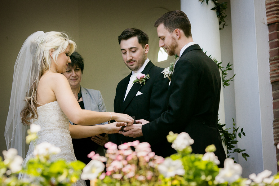 hertfordshire-wedding-photography-at-micklefield-hall 29
