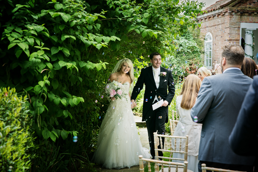 hertfordshire-wedding-photography-at-micklefield-hall 33