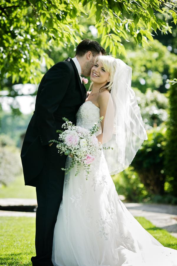 hertfordshire-wedding-photography-at-micklefield-hall 47