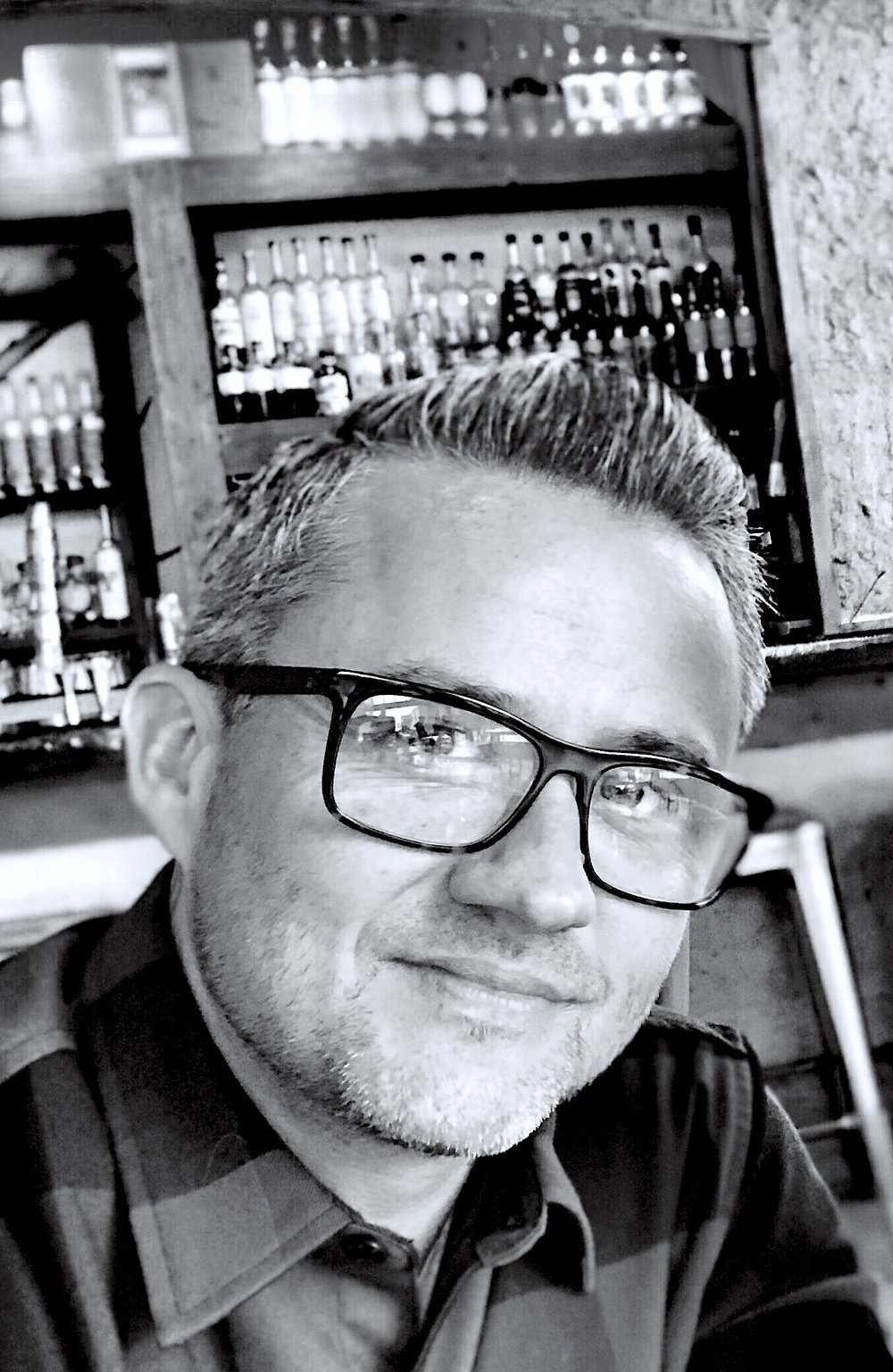 JUSTIN HICKOX - OWNER/STYLISTJustin grew up around the hair industry. With parents who owned one of the top salons in the world, he was a constant figure in the salon after school. He worked every aspect of the salon from sweeping the floor, to working at the front desk and balancing the books. At 18 he left Portland for Dallas TX to attend Toni and Guy Hairdressing Academy due to its reputation as one of the best hair schools in the nation. From there he returned to Portland and went through an 18 month apprenticeship program to fine tune the craft. He's been a stylist for over 20 years and a salon owner for over 15. He's known for his approach to the consultation process and believes the key to a happy client is asking enough of the right questions to learn about THEM and what THEY want. From that point it's about taking the time to educate and empower the client to work together with him to create the perfect solution for their hair.
