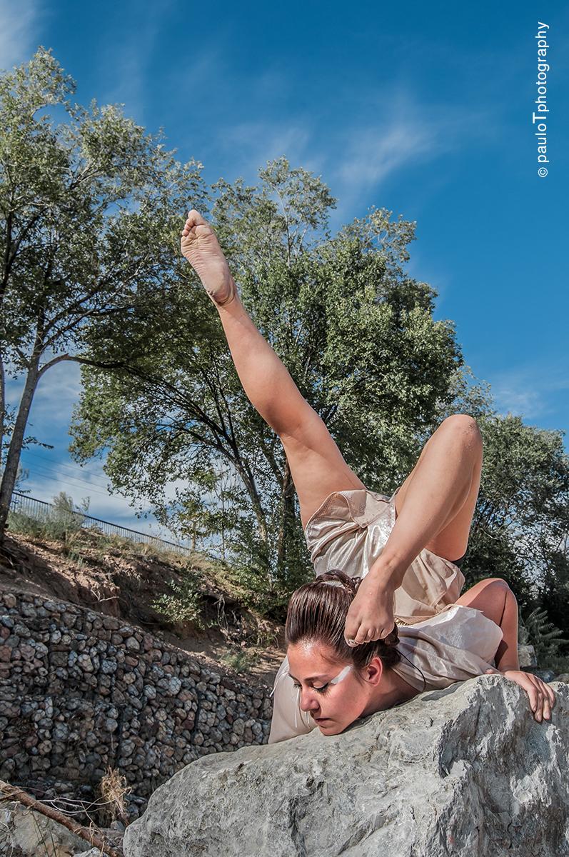 Andrea Rose Bear King DANCING_EARTH_2014_S.Intensive_364_LowRes.jpg