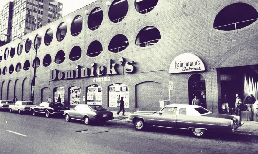 1960's - By the early 1960's Dominick's Finer Foods had expanded to 7 stores throughout Chicago.