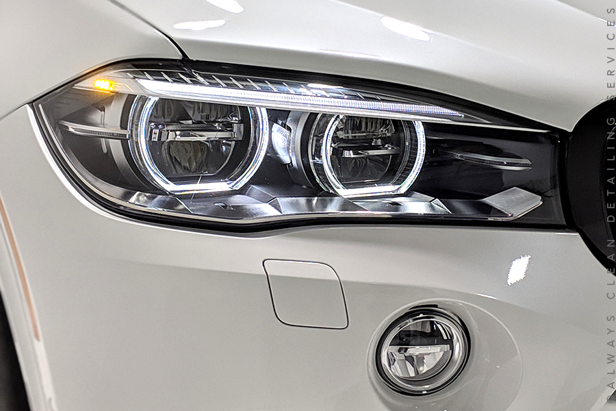 Opti-lens Coating - Optimum Opti-Lens Coating is the most advanced polymer system that is specifically designed for the protection of headlight lenses.