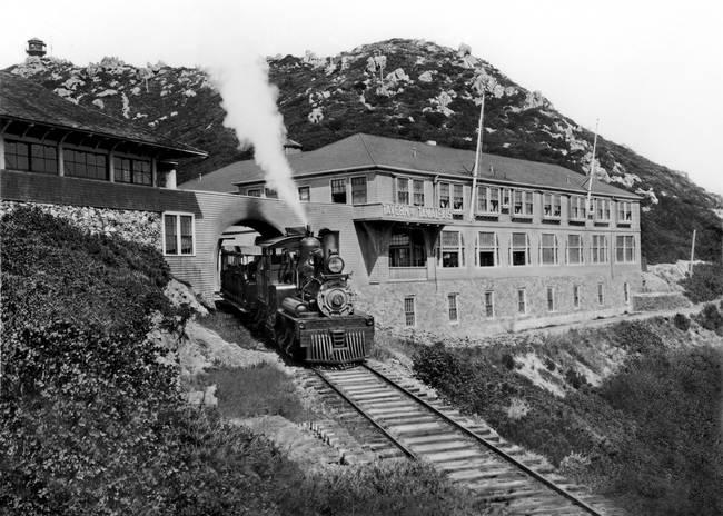 Gravity-Train-Mount-Tamalpais-Marin-County_art.jpg