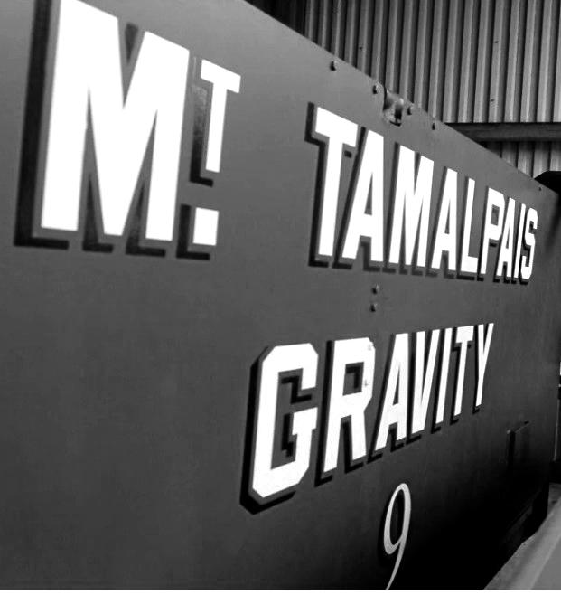 Gravity-Carblkwht.jpg