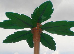 Raining Palm Tree - with footing base