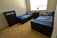 Downstairs Bedroom[1].jpg