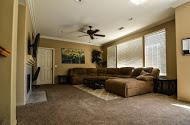 Living Room[1].jpg