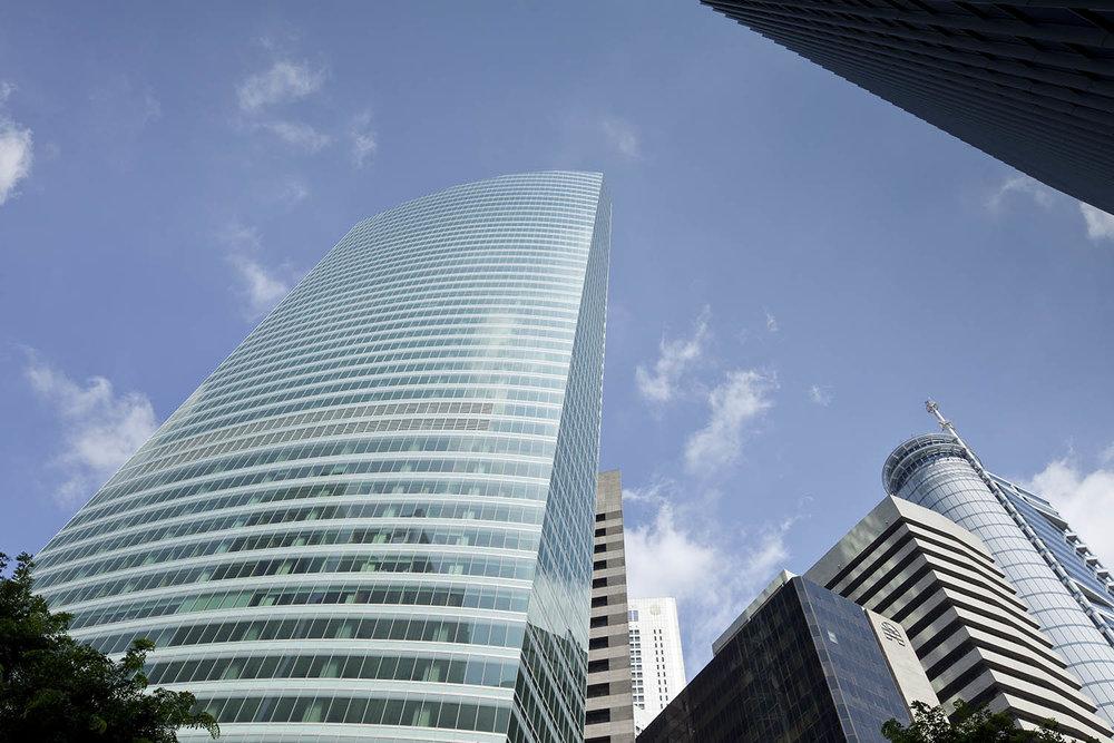 Singapore_Ocean_Financial_Centre_F_2011_1009.jpg