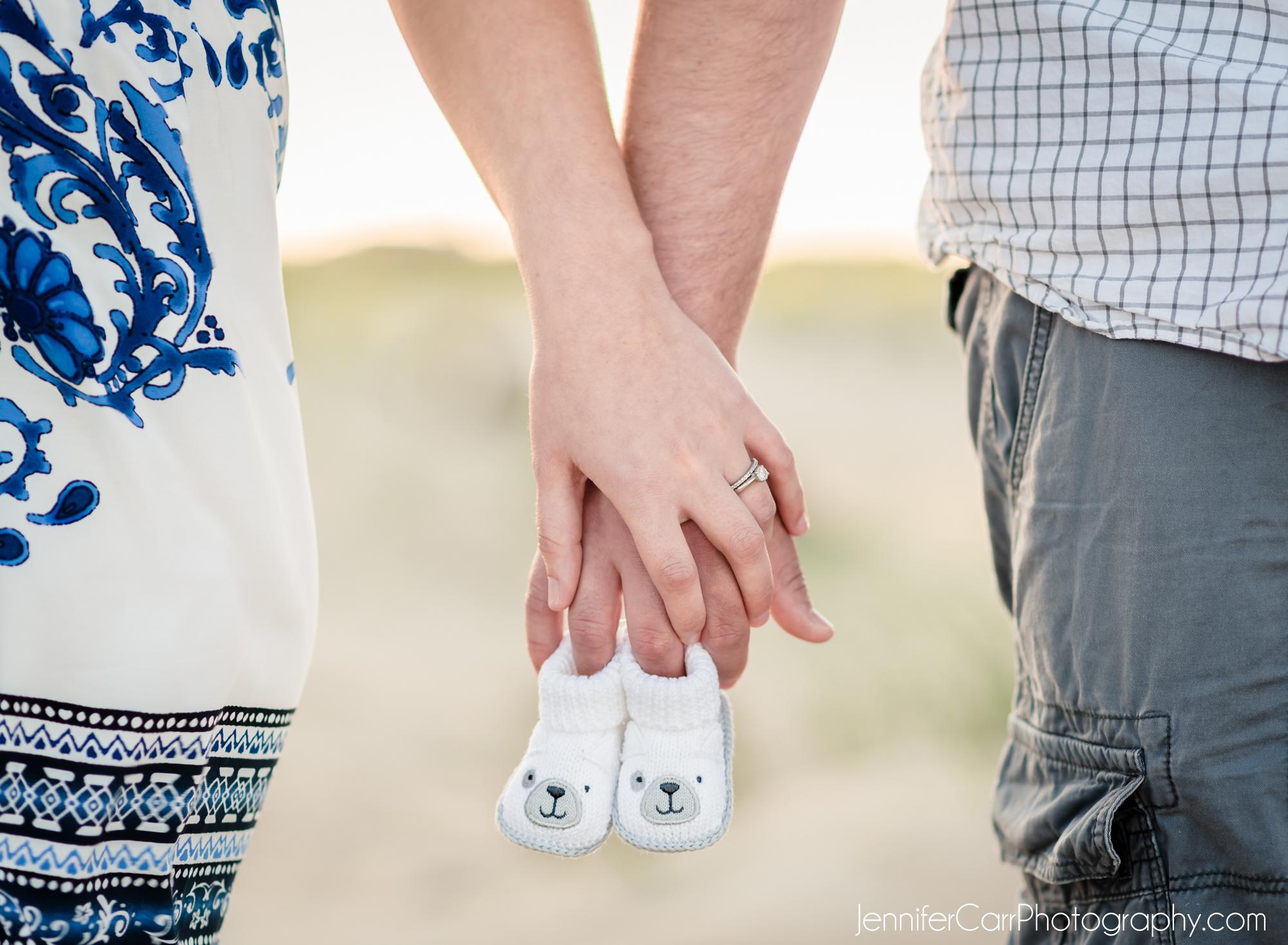 弗吉尼亚海滩全家福,詹妮弗·卡尔摄影,北端照片,情侣摄影,孕妇,怀孕公告