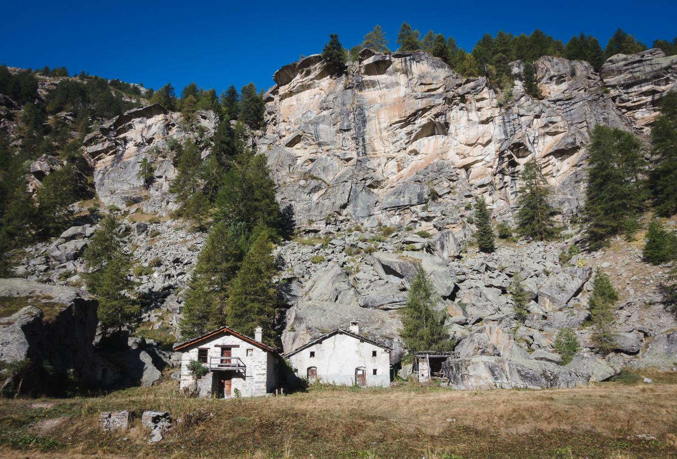 hike to vittorio emanuele gran paradiso