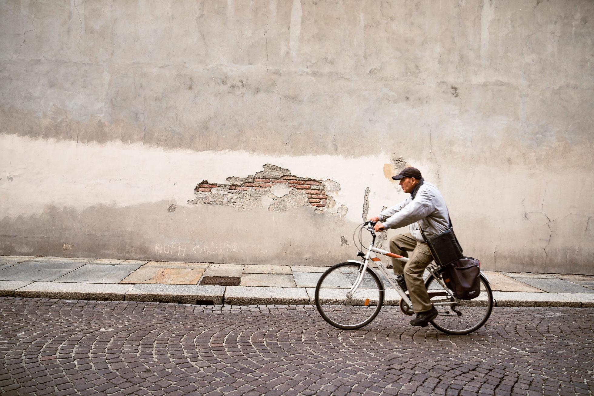 street photography parma, milan, italy, travel