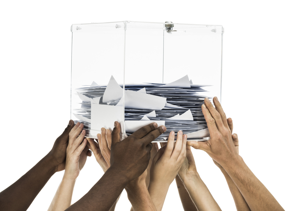DC and 21 states - As it stands, 21 states and the District of Columbia will use only paper ballots in the upcoming midterm elections, and another 14 states will use a mix of paper ballots and voting machines that create a paper trail.
