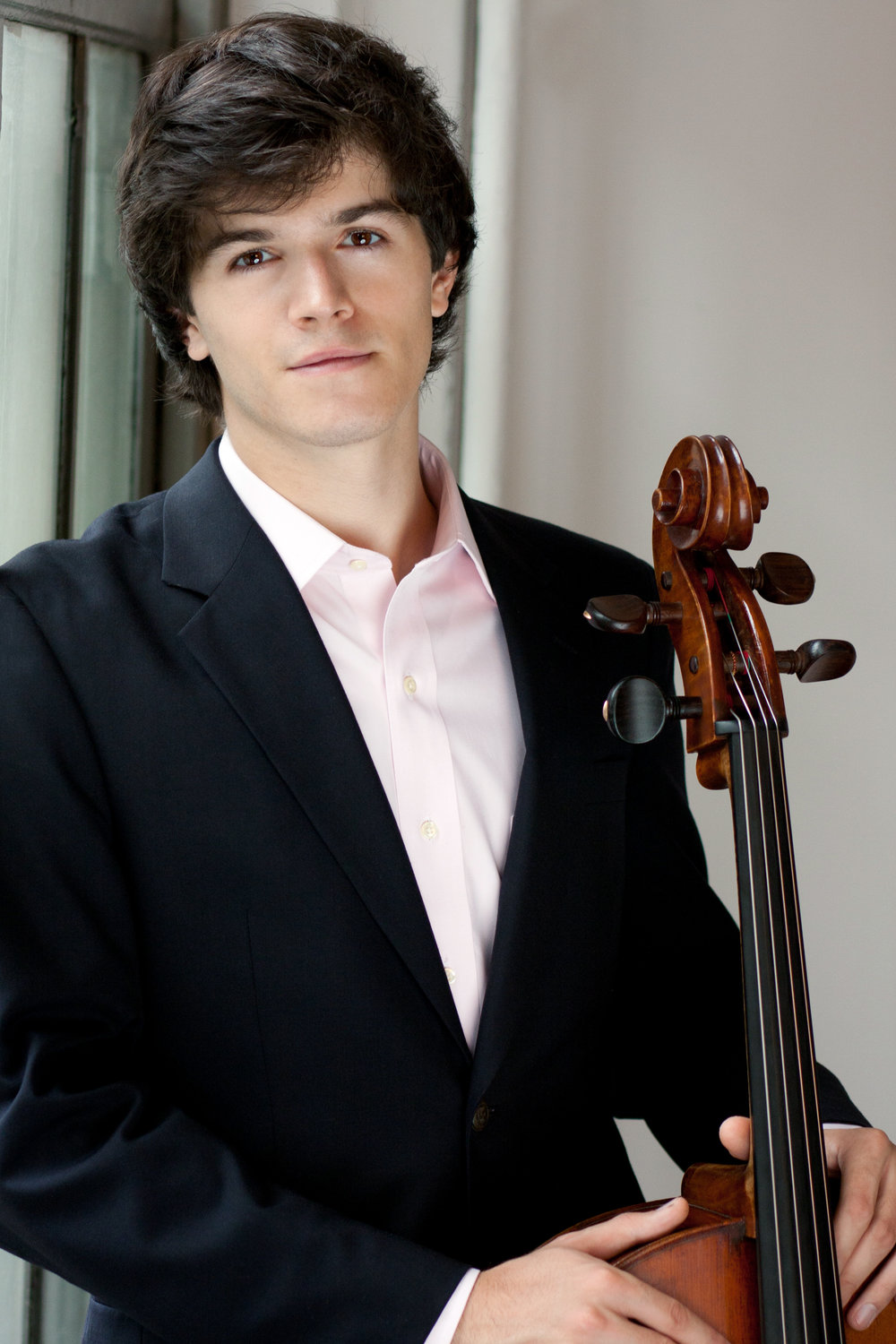 Mitchell Lyon, cello