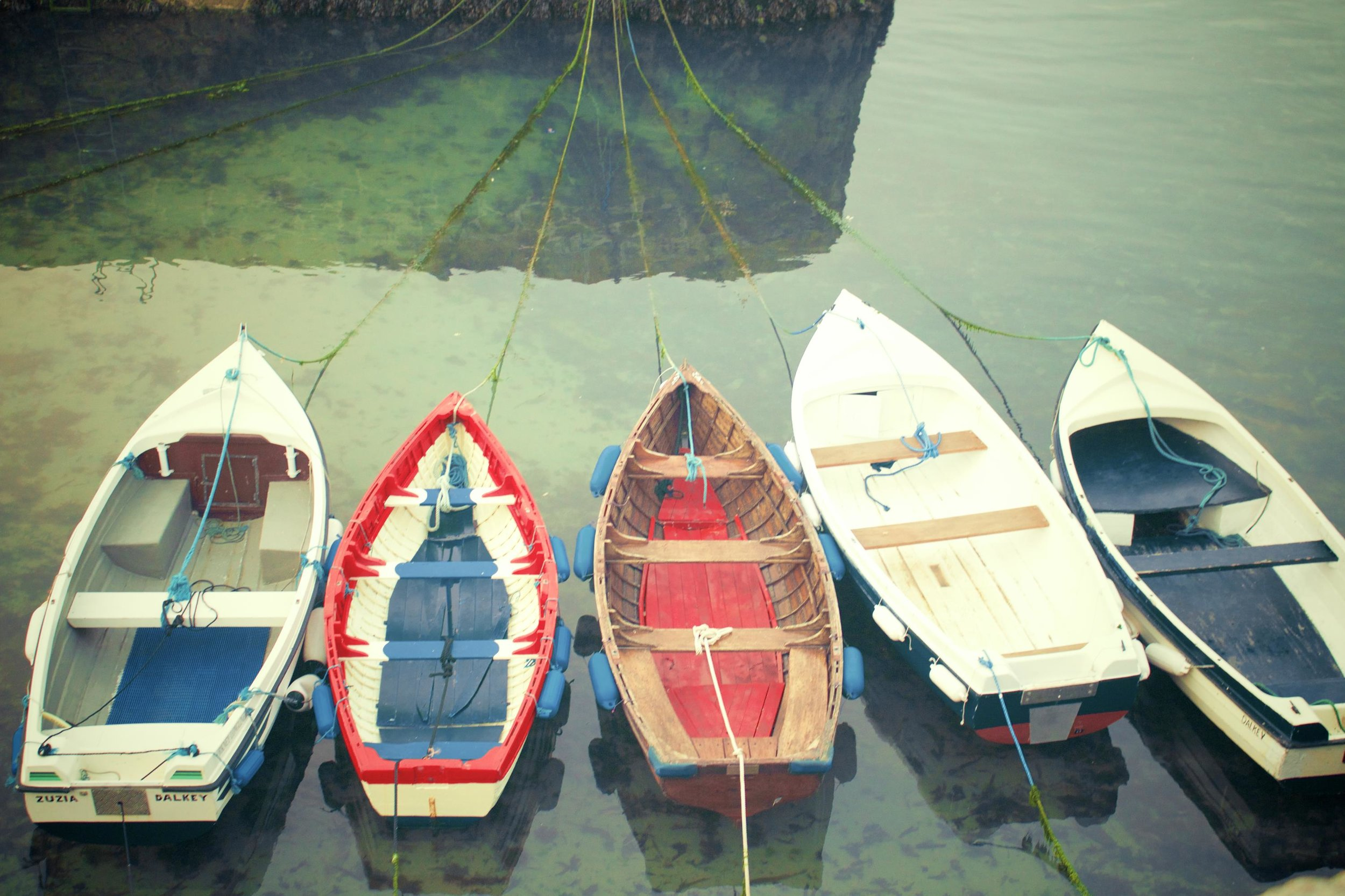 picography-boats-of-colour