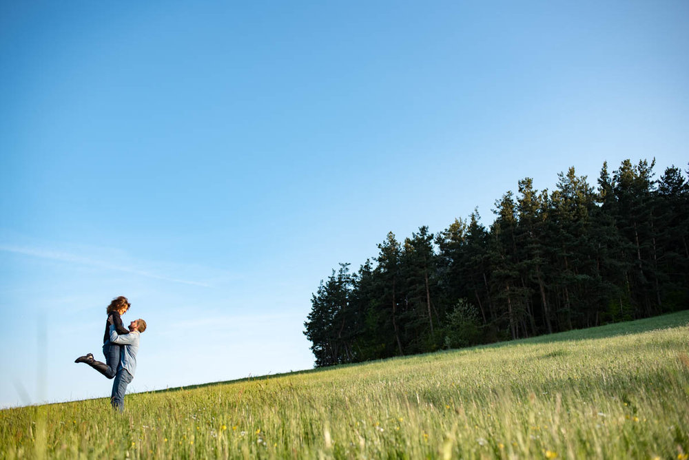 BD-justine-anthony-engagement-haute-loire-photographe-mariage-44.jpg