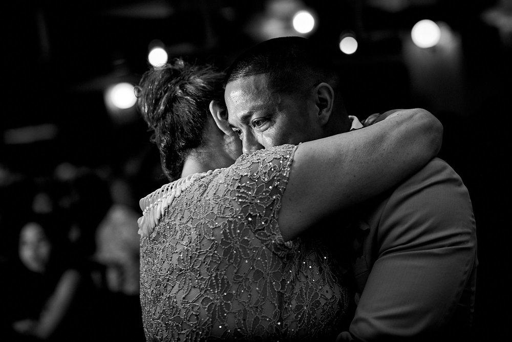 Hawaii wedding | Darnell and Ryan | the groom's crying