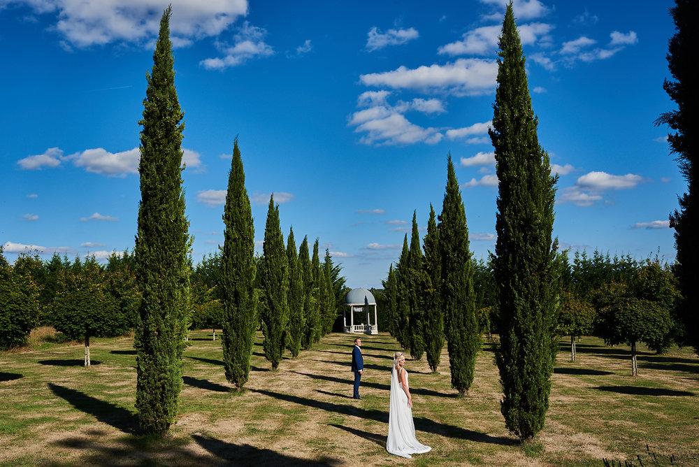 couple session Wedding at Chateau la Durantie Dordogne, France. Wedding photographer in Clermont-Ferrand Bordeaux