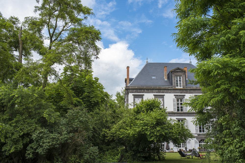 Manoir | Lieu chic pour séance boudoir en Auvergne