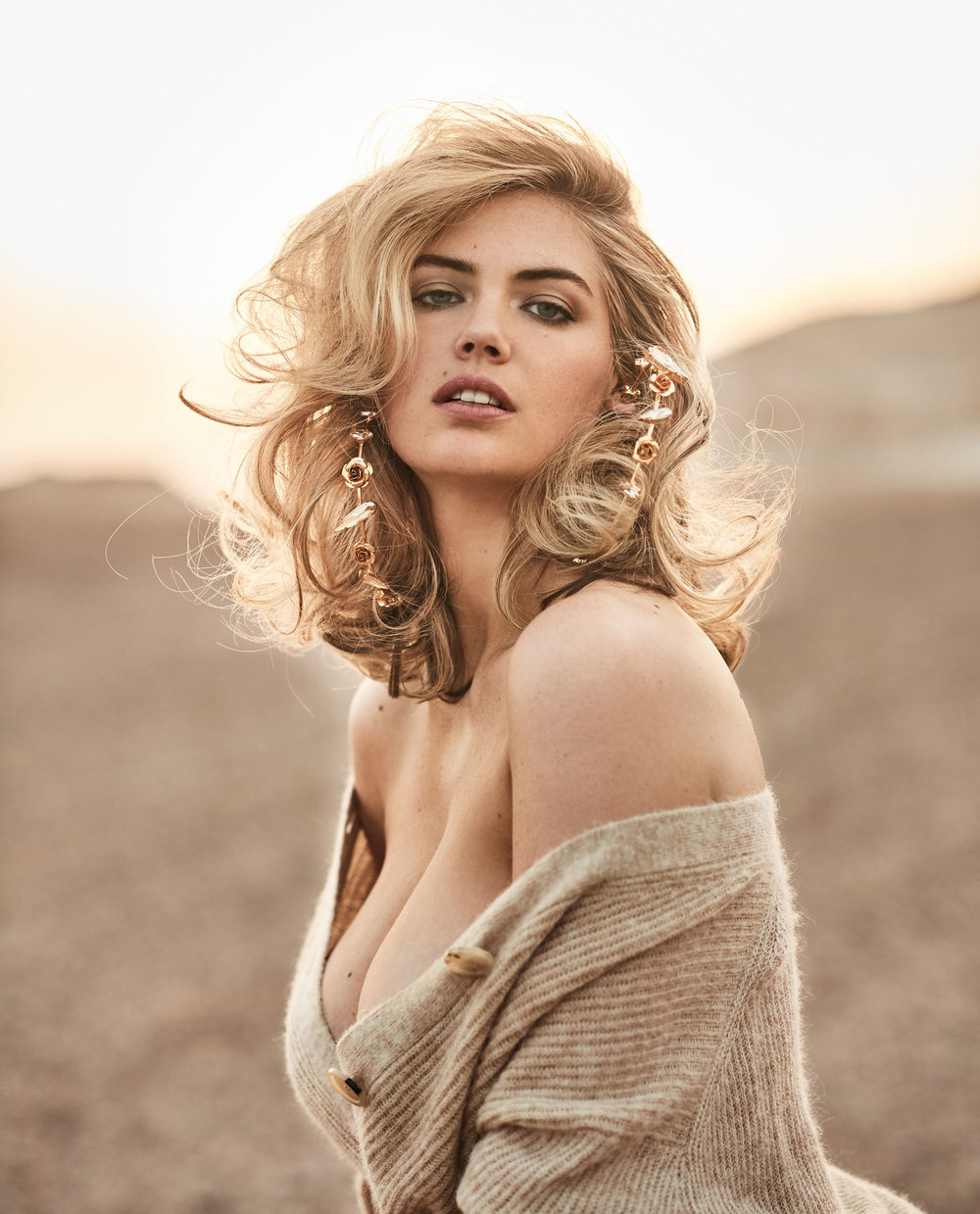 180413_GB_KATE_UPTON_Look_08_160_V6 (crop).jpg