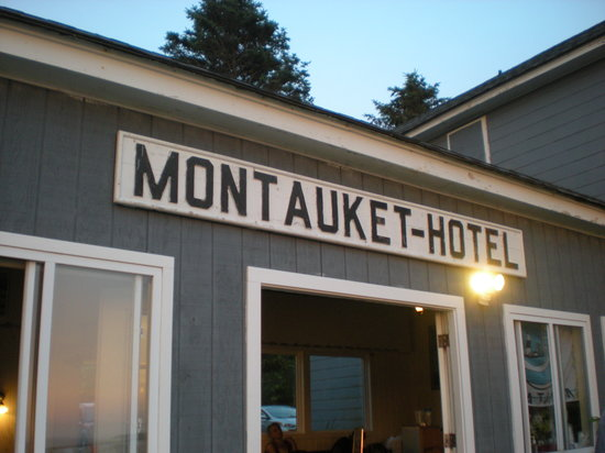 Montauket - Casual spot that's a favorite of ours for it's sunsets and drinks.88 Firestone Rd, Montauk, NY 11954