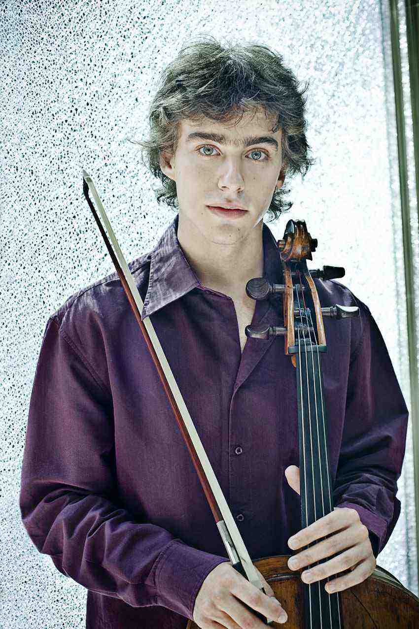 Pau Codina: Cello