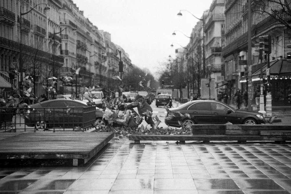 2018 - République -  Camera  Olympus OM10  Lens  35-105mm f/3.5  Film  Nation Photo NB400
