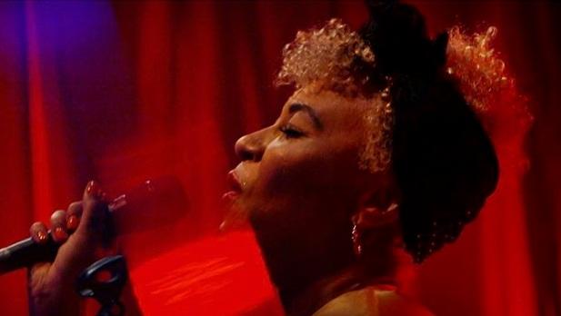 EMELI SANDÉ  Nova Red Room Live Performance