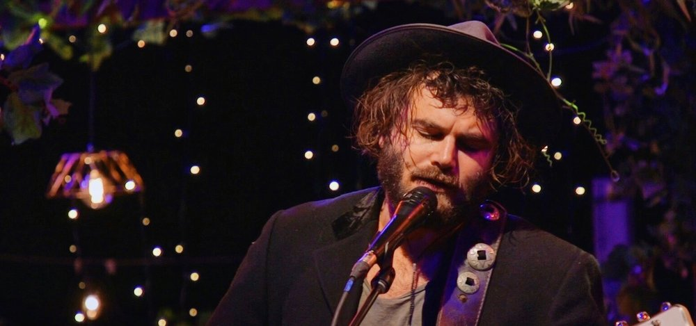THE SET, ABC  Hosted by triple j's Dylan Alcott and Linda Marigliano, with performances by some of the best artists of the moment including Angus and Julia Stone, Vera Blue, Ball Park Music, The Presets and more.