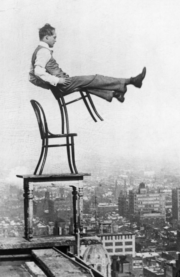 Thonet_chair_balance.jpg