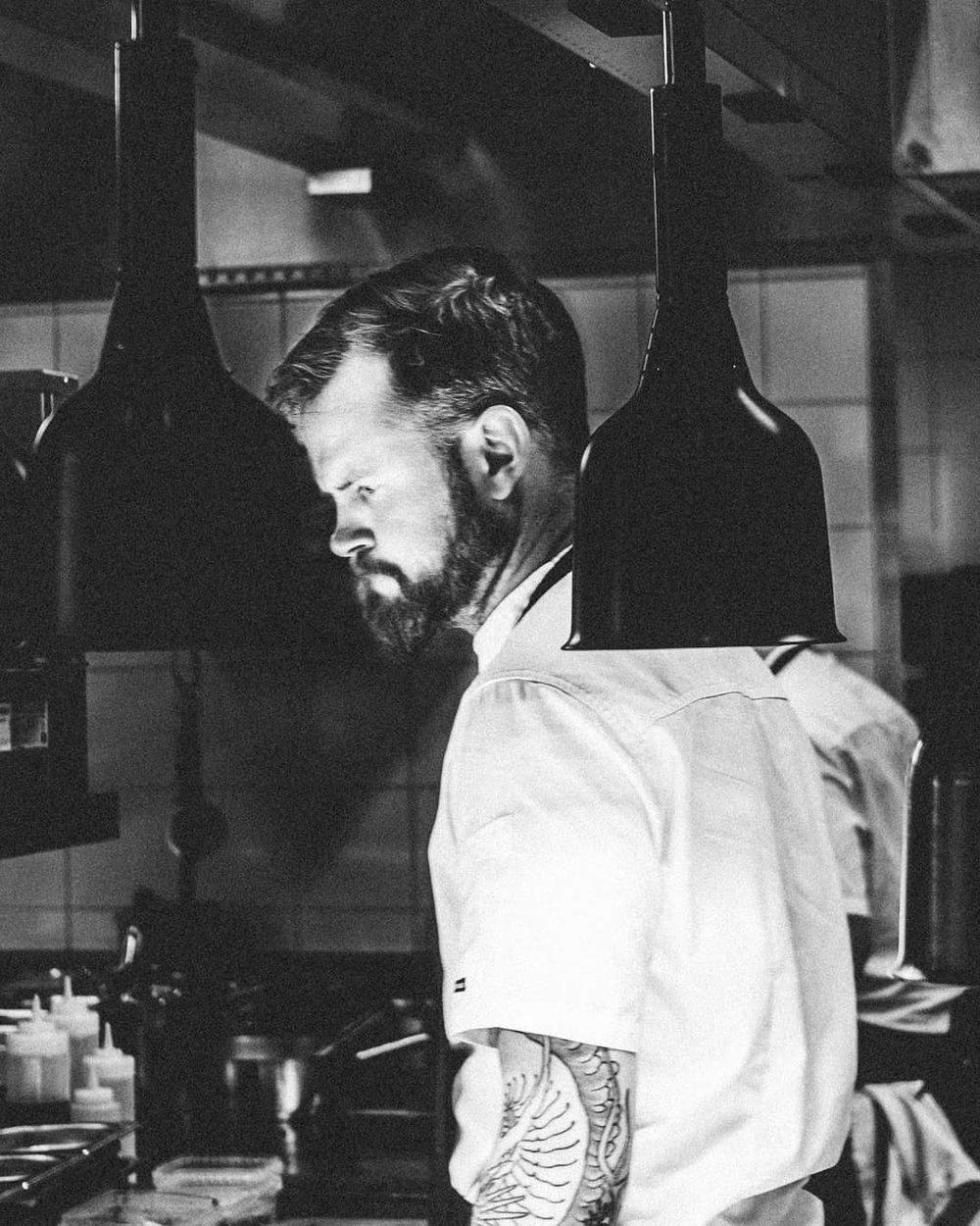 Edda restaurant anmeldelse kokk protrett foto fotograf mats dreyer kokk